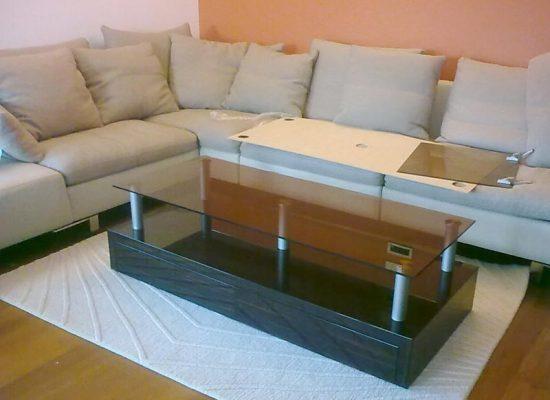 mizica v dnevni sobi : mizarstvo Stare Tomaž