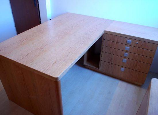 Funkcionalno pisarniško pohištvo: Mizarstvo Stare