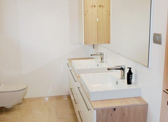 po meri narejeno pohištvo za kopalnice